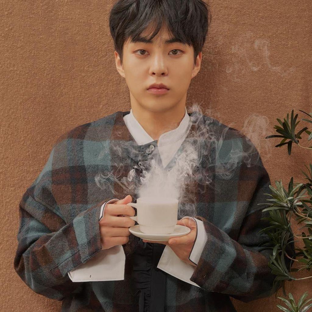 Tampannya Xiumin dan Sehun di Teaser CAFE UNIVERSE