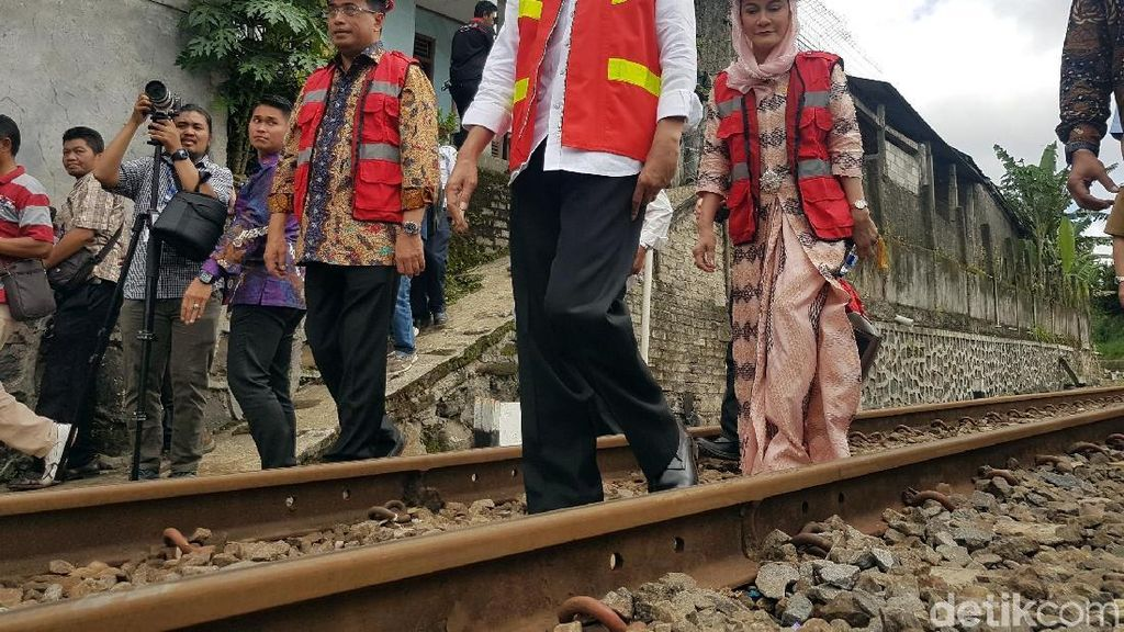 Resmikan Jalur Ganda KA, Jokowi: Dulu Bogor-Sukabumi 6 Jam