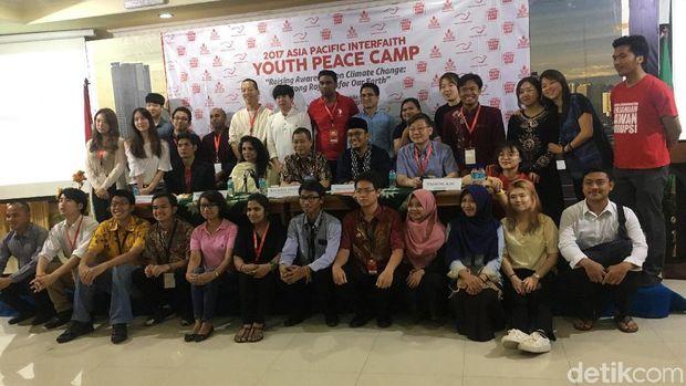 Ada pemuda dari 11 negara yang ikut acara ini