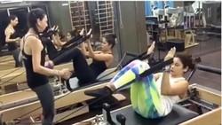 Dituntut harus selalu menari dalam film-filmnya, begini cara aktris Bollywood kenamaan, Katrina Kaif untuk menjaga stamina dan kekuatan tubuhnya.