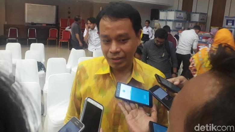 Tak Lolos ke Verifikasi Partai - Jakarta Partai Berkarya dinyatakan tak lolos ke verifikasi faktual Pemilu Partai besutan Tommy Soeharto ini segera mengajukan gugatan
