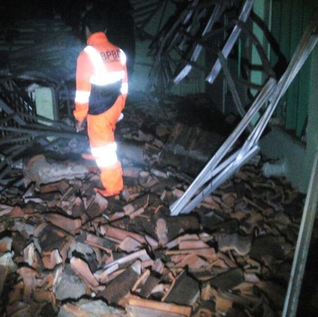 Potret Kerusakan Parah Akibat Gempa 6,9 SR