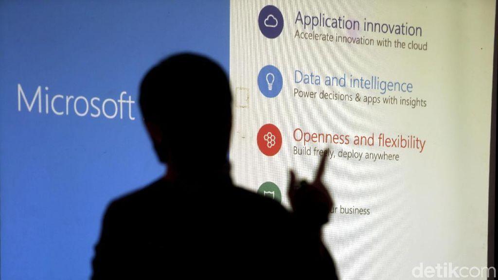 Layanan End-to-End Pertama dengan Platform Microsoft Azure Stack