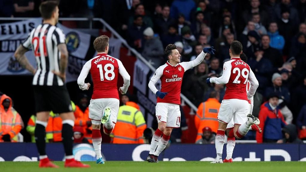 Gol Tunggal Oezil Menangkan Arsenal atas Newcastle