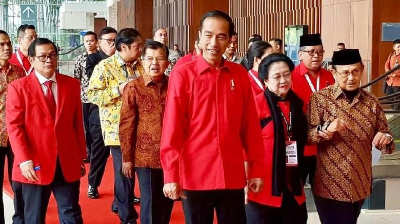 Foto: Airlangga Ikut Pertemuan Jokowi-JK-Mega-Puan di Rakornas PDIP
