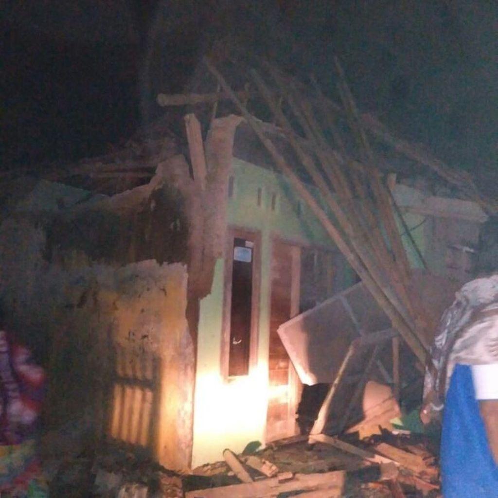 BNPB: 43 Rumah Rusak Berat Akibat Gempa