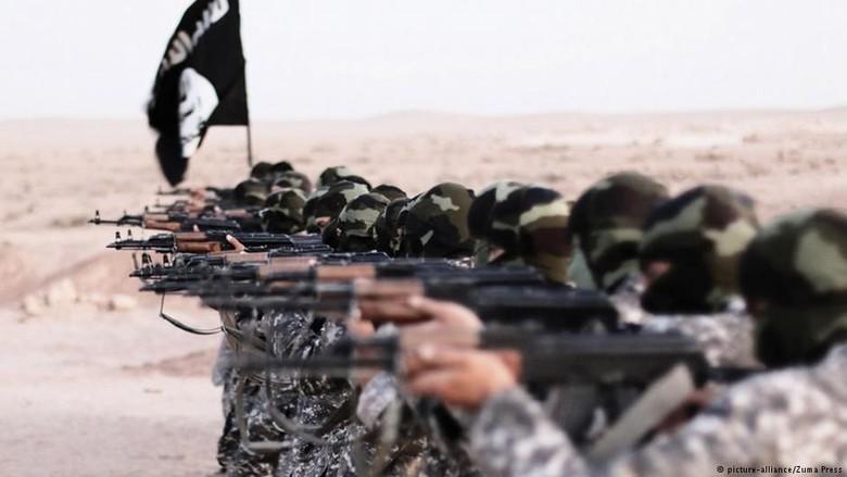 Pasukan ISIS Berperang di Irak - Berlin dari sepertiga senjata yang digunakan oleh ISIS di Irak dan Suriah berasal dari Uni Eropa termasuk Hasil