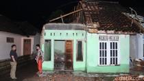 10 Detik Menegangkan Saat Mila Tertimpa Reruntuhan Atap Rumah