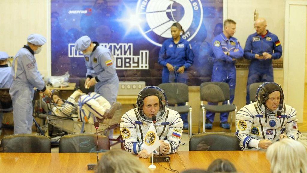 Foto: Ini 3 Astronot yang Segera 'Terbang' ke Stasiun Luar Angkasa