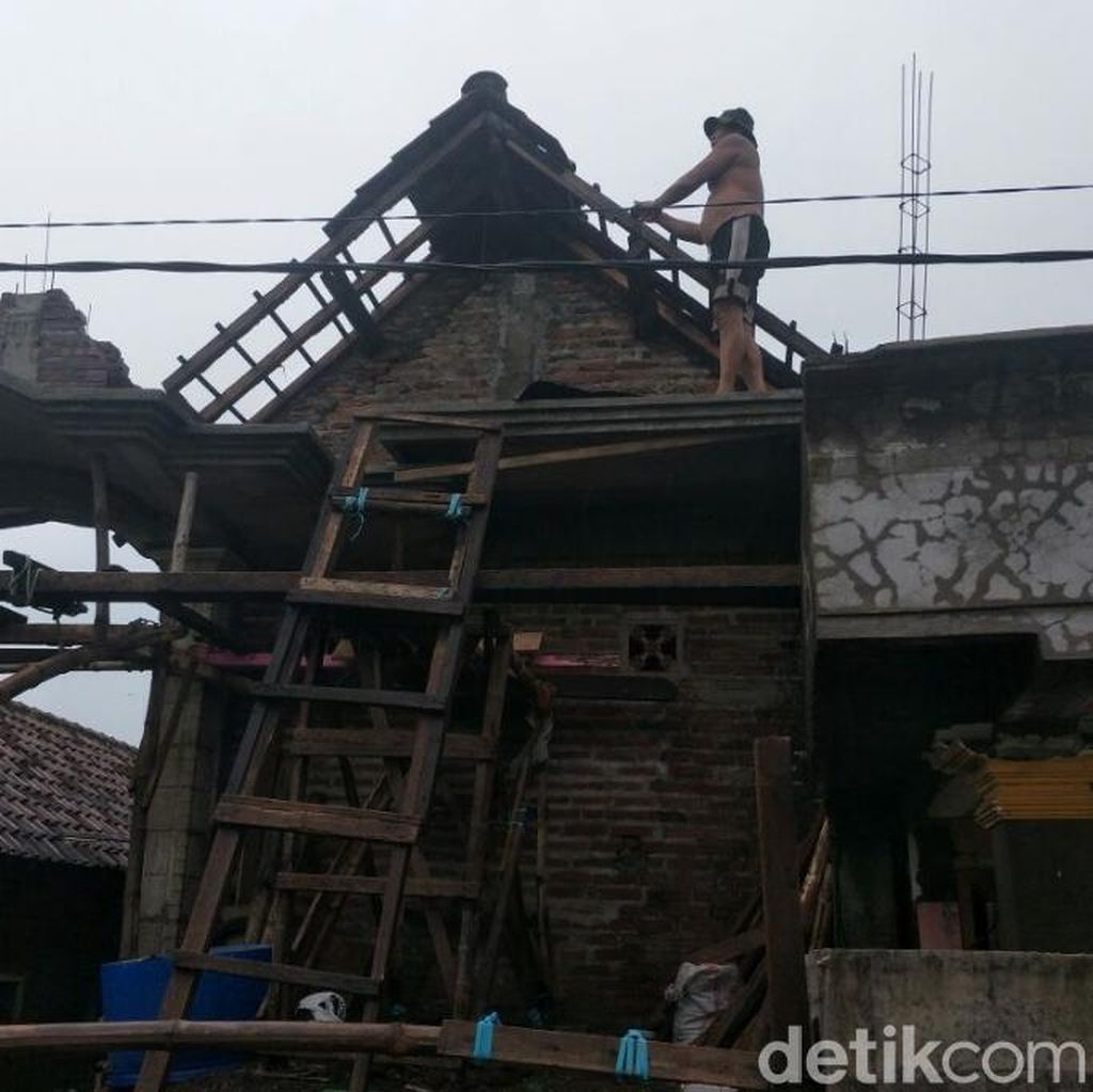 Puting Beliung di Pasuruan, Belasan Rumah Rusak