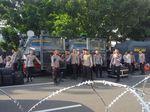 Kawat Berduri Dipasang dari Balai Kota DKI hingga Kedubes AS