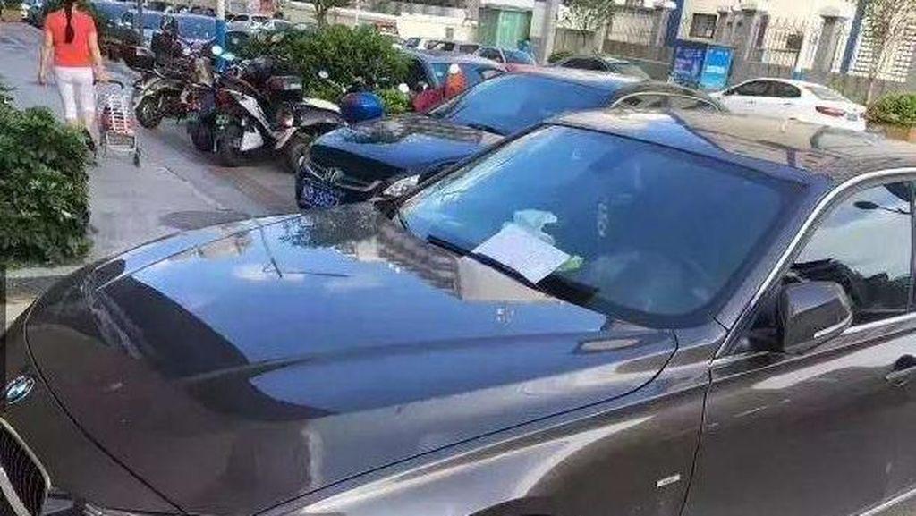 Bikin Mobil BMW Lecet, Pria Tua Tak Mampu Ini Mau Tanggung Jawab