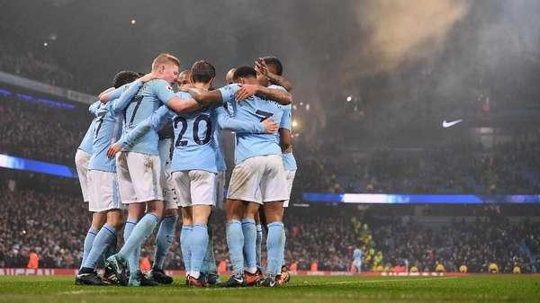 Rooney: City Butuh Piala untuk Buktikan Diri