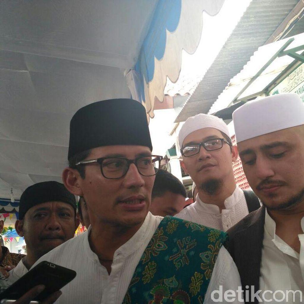 Sandi Ingin Tata Ulang Kompleks Masjid dan Makam Luar Batang