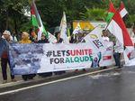 Monas Gerimis, Massa Aksi Bela Palestina Tetap Bertahan