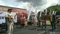 Begini Jadinya Ketika 4 Menteri Jokowi Ngeband di Acara Nitilaku UGM