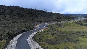 Jokowi Bangun Jalan Perbatasan Papua, Tembus 890 Km