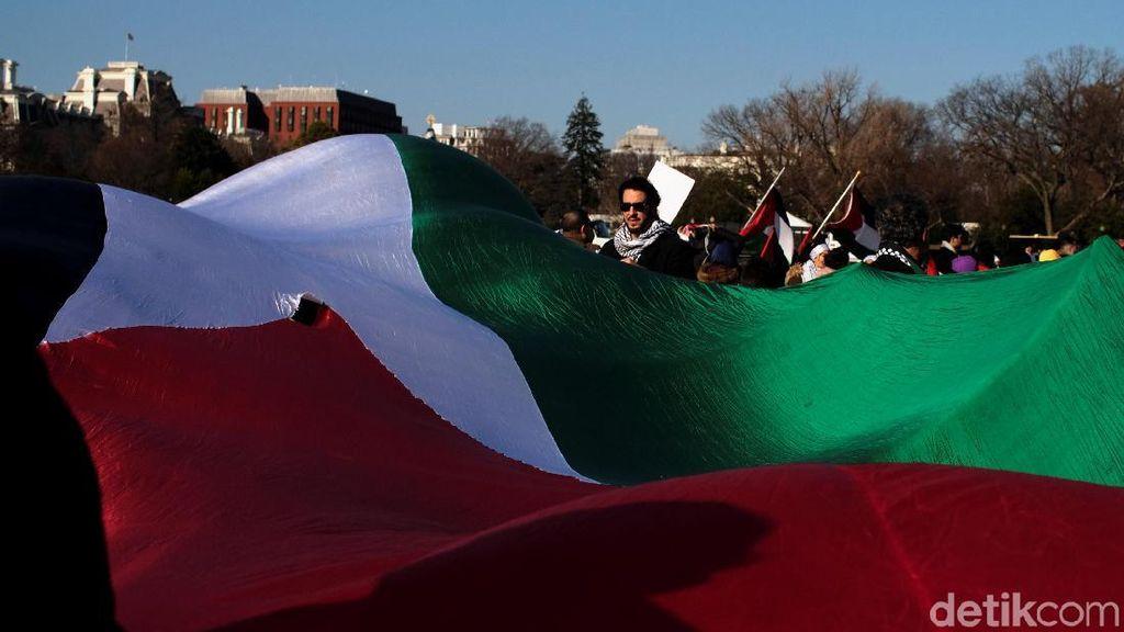 Pemerintah Bebaskan Biaya Masuk Barang Palestina Tahun Depan