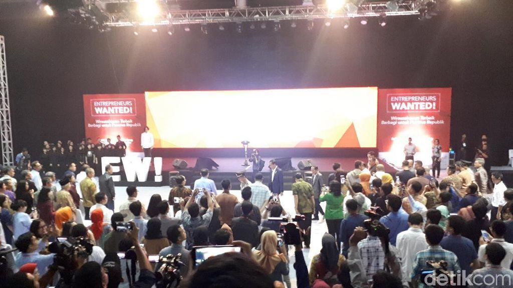 Jokowi Hadiri Acara Entrepreneurs Wanted! di Sabuga
