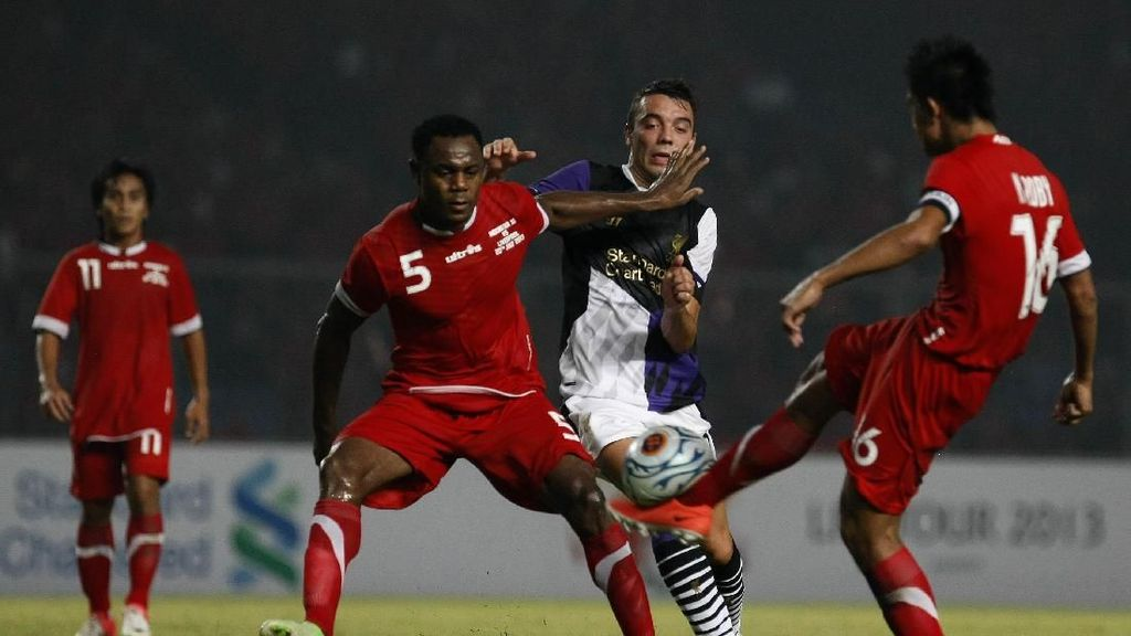Mario Gomez: Victor Igbonefo Gabung Persib