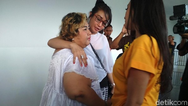 Tidur dengan 23 Orang dalam Penjara, Ini Kata Pretty Asmara