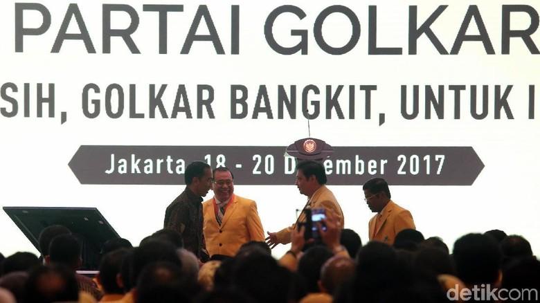 Akbar Tandjung Setuju Perubahan Kepengurusan, tapi Ada Syaratnya