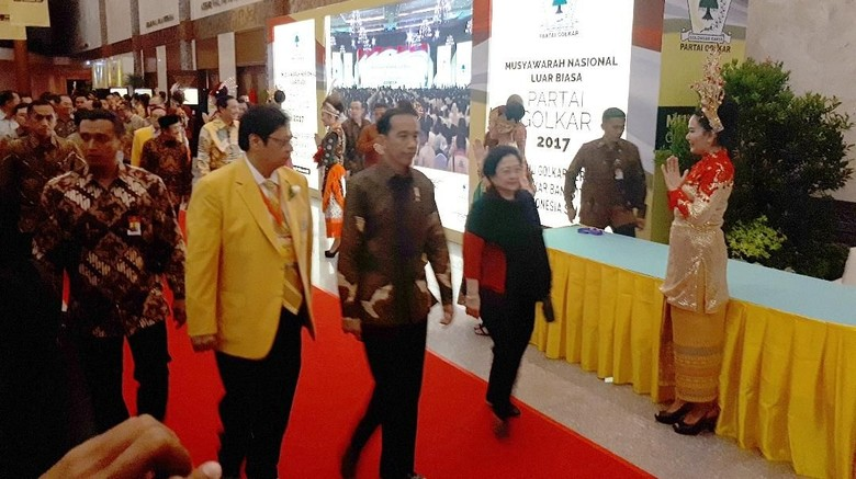 Jokowi Hadir di Munaslub Golkar, Airlangga: Ini Pertanda Baik