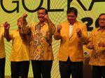 Luhut: Airlangga Sepakat Tak Rombak Drastis DPP Golkar