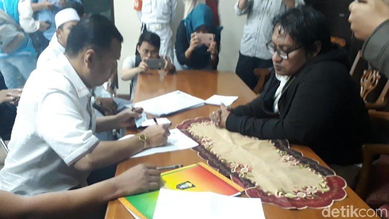 Penolakan Ustaz Somad, Arya Wedakarna Dilaporkan ke Komnas HAM