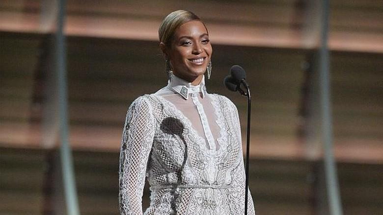 Kenapa Karir Beyonce Moncer? Ini Kata Sang Ayah