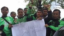 Demo di Kantor Gubernur, Ojek Online Sumut Desak Pemerintah Adil