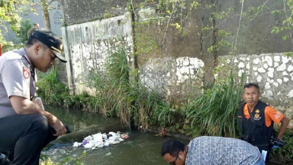Sopir Angkot Temukan Mayat Bayi di Sungai Cibencoy Sukabumi