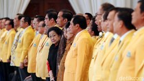 Gelora Tepuk Tangan dari Peserta Munaslub untuk Jokowi