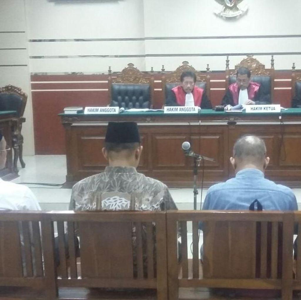 Bupati Pamekasan Non Aktif Divonis 2 Tahun 8 Bulan Penjara