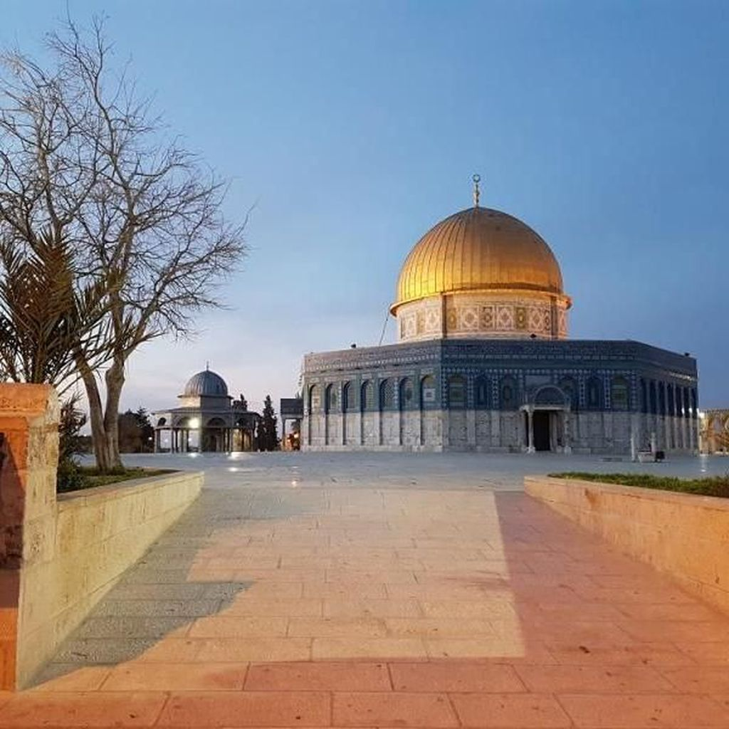 Masjid di Palestina Ini Simpan Jejak Kaki Nabi