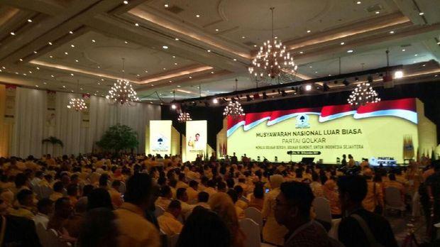 Jokowi Terima Surat Penegasan Dukungan Pencapresan dari Golkar