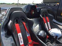 Tak Hanya Mobil Listrik, ITS Juga Pamer Super Car ke Jokowi