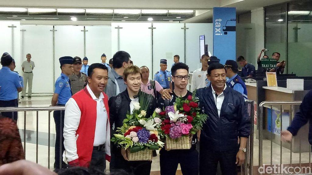 Tiba di Indonesia, Kevin/Marcus Disambut Menpora dan Ketum PBSI