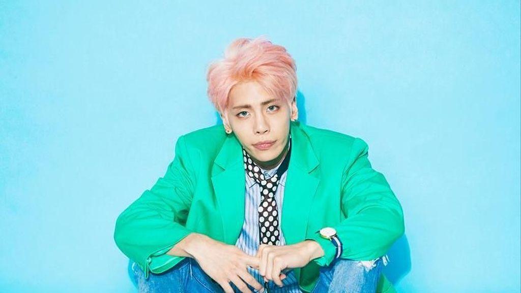 Kantor SM Entertainment Dipenuhi Bunga Pasca Jonghyun SHINee Tiada