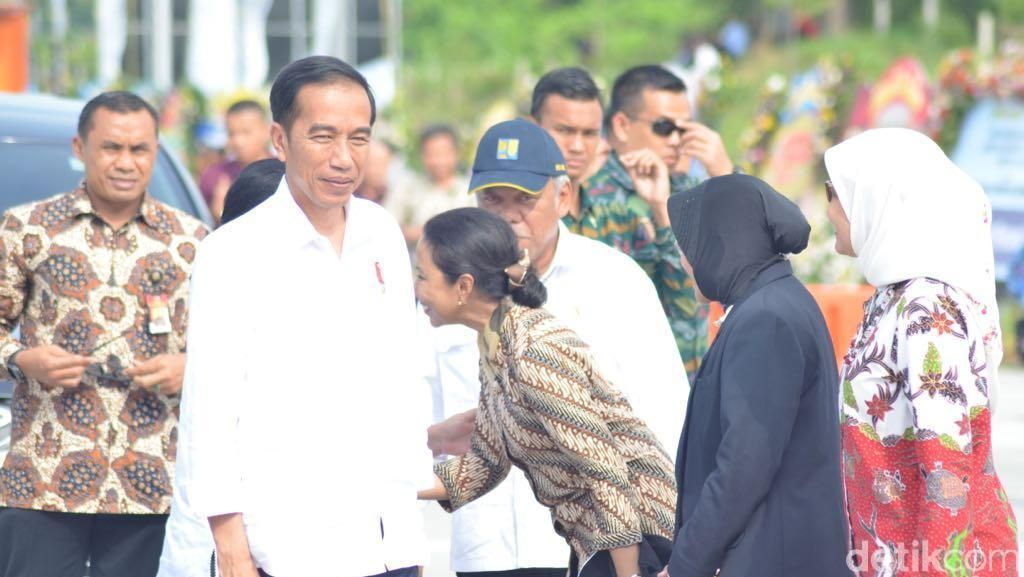 Jokowi: China Dulu Tengok Jalan Tol RI, Sekarang Punya 280.000 Km
