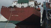 Dirjen Hubla Sesalkan Kapal di Batam yang Disandera di Pelabuhan