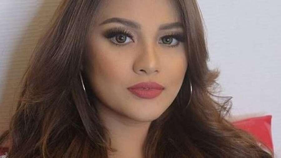 Pilih Mana, Wajah Polos Aurel Hermansyah atau Makeup?