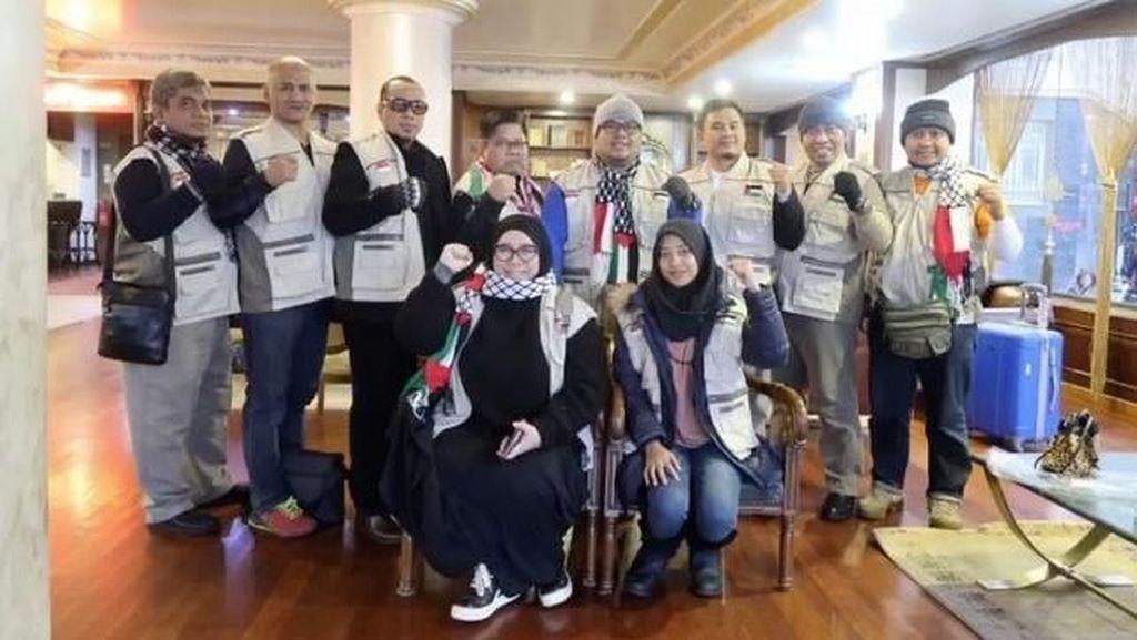 Kesedihan Melly Goeslaw Saat Kunjungi Kamp Pengungsian Palestina