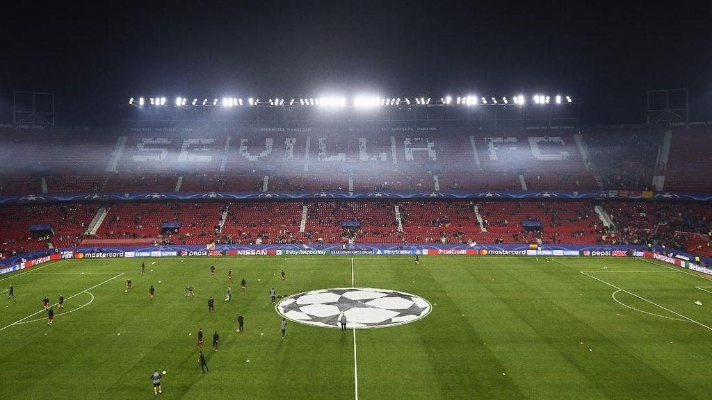 Fans MU Protes Harga Tiket di Sevilla