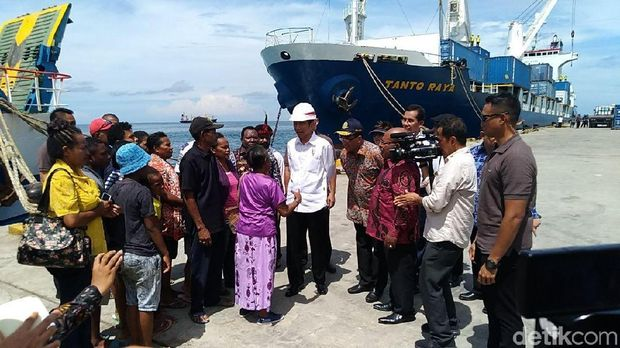 Presiden Jokowi tinjau Pelabuhan Nabire