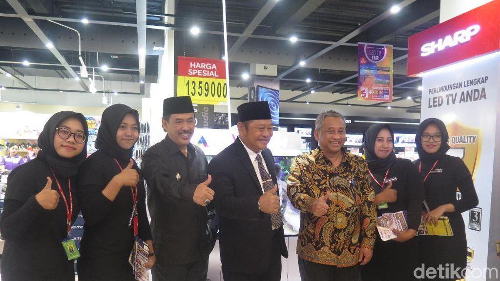 Warga Sidoarjo, Tak Perlu ke Surabaya Kalau Mau ke Transmart