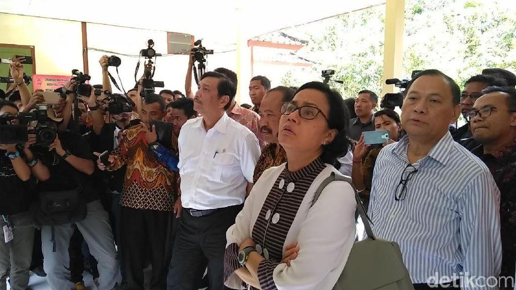 Tiba di Gunung Agung, Luhut dan Sri Mulyani Dikuliahi Kepala PVMBG