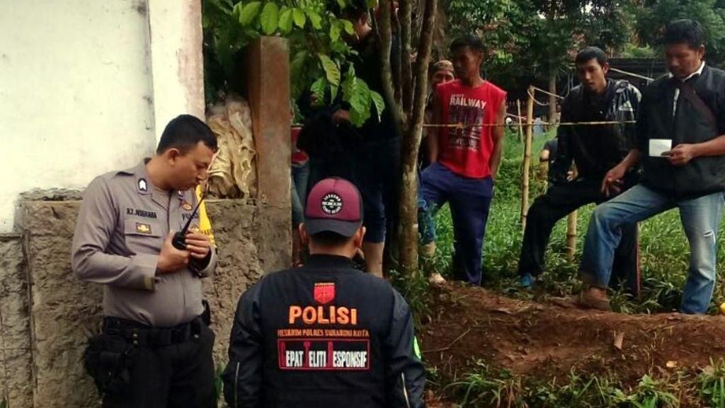 Geger Mayat Pria Pakai Bra di Kebun Bunga Sukabumi