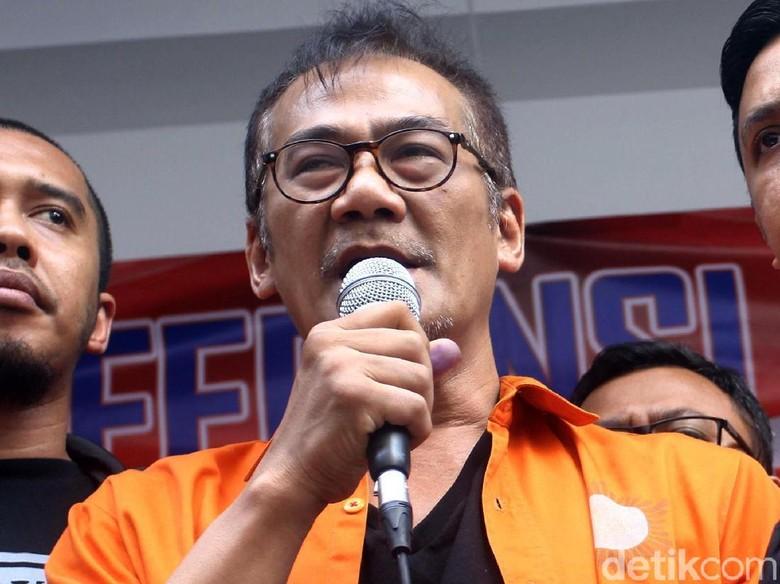 Kuasa Hukum Tio Pakusadewo Ajukan Rehabilitasi