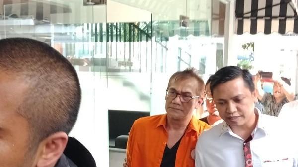 Polisi Resmi Tahan Tio Pakusadewo Terkait Kasus Narkotika